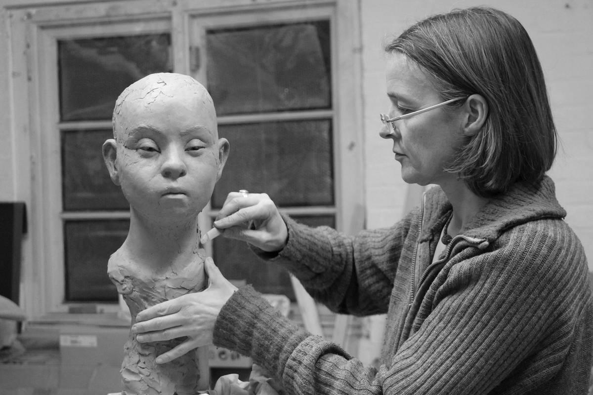 2019 Zeitgenossische Bildhauerinnen Galerie Netuschil