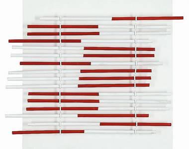 Peter Thoms, O.T. (veränderbar rot), Stabkomposition/Hartfaserplatte, 1963, 40x40 cm Foto: Ute Döring