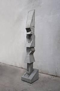 F. Grieshaber, Einzelgänger, Beton, 2016/17, H 197 cm