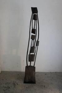 O.T., Holz geschwärzt, 2018, 180x28x17 cm