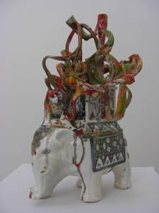 Elephant, orange/efeu/gelb, weißer Ton glasiert, 2014