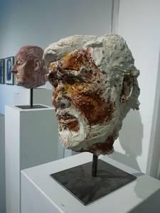 Porträt Mario Adorf, Gips bemalt, 2017
