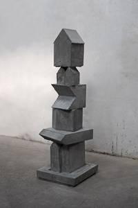 F. Grieshaber, 7 Tage, Beton, 2018, H 146 cm